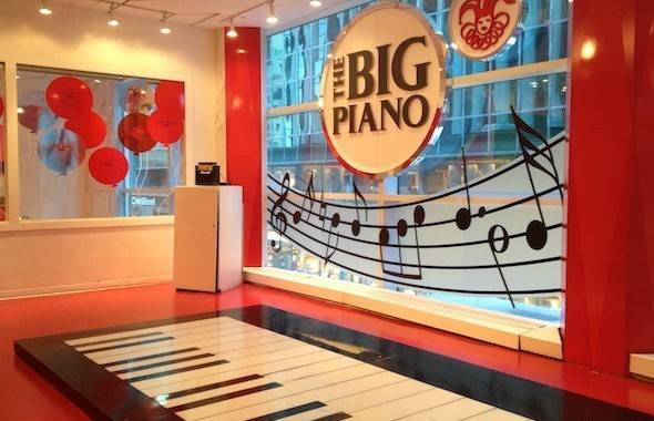 schwartz-big-piano-590x416-590x416