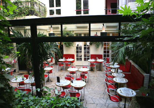 hôtel restaurant amour paris cinema 3
